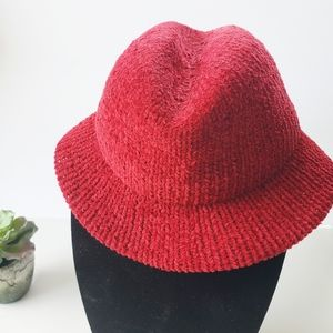 Everitt Red Knit Fedora Hat